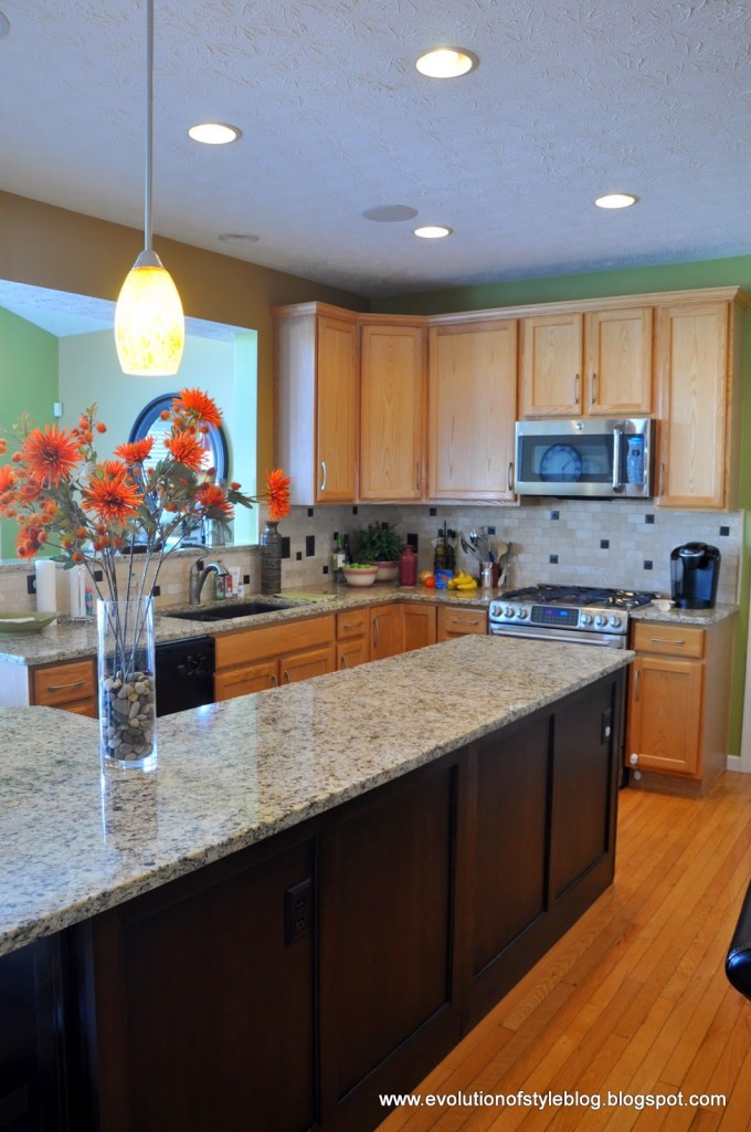 Tips tricks for painting oak cabinets evolution of style - We collect the top rated kitchen cabinet ...
