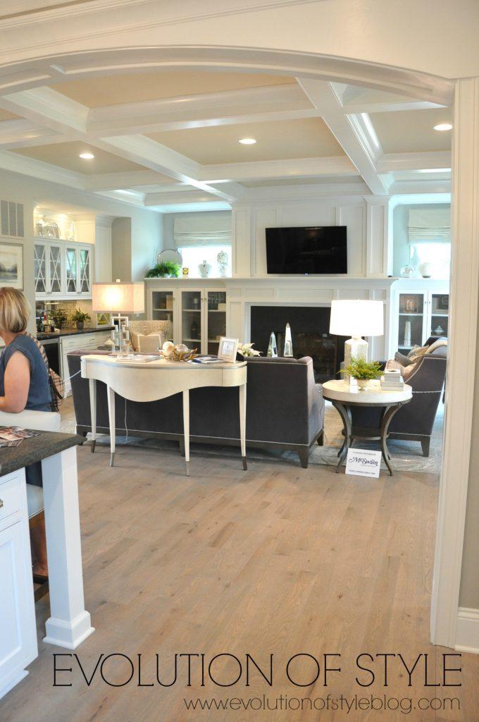 home1-kitchen-family