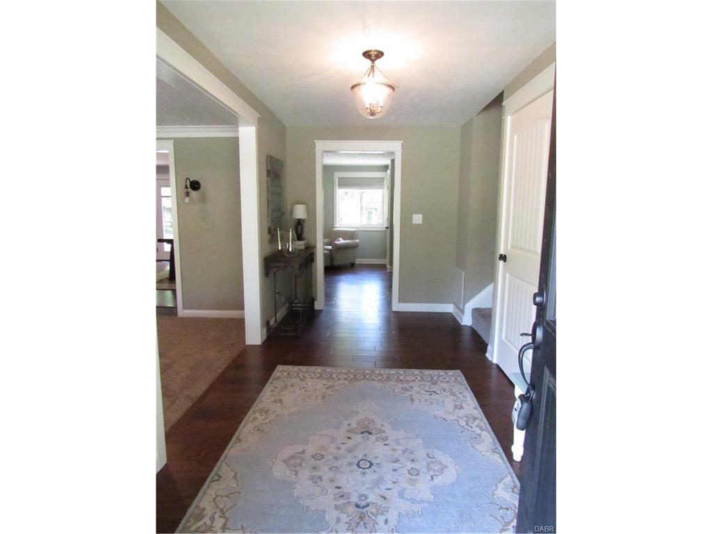 tri-level-remodel-entryway
