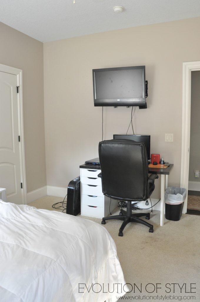 teen-boy-bedroom-before7