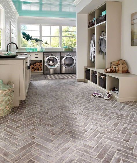 Brick Porcelain Tile Floor