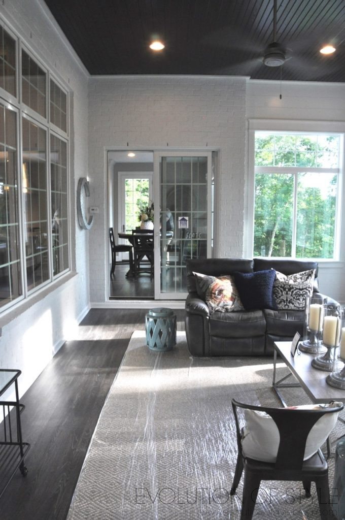 Homearama 2017: Enclosed Porch