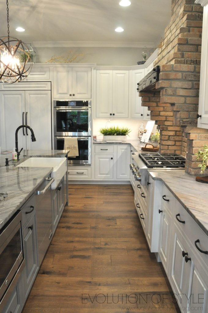 Homearama 2017: White Kitchen