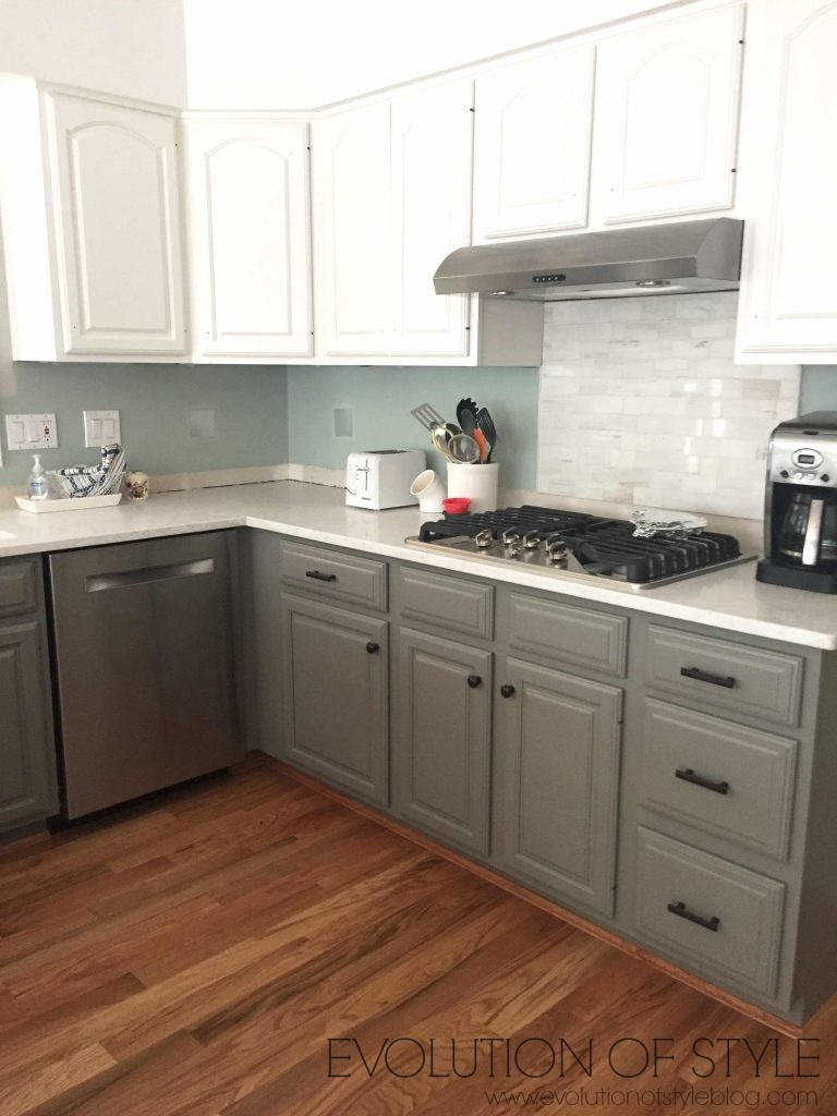 Simply White and Chelsea Gray Kitchen