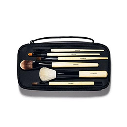 Girlfriend's Gift Guide: Bobbi Brown Makeup Brushes
