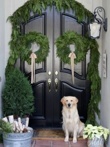 Holiday Home Tours + A Lynch Creek Farm Wreath Giveaway!