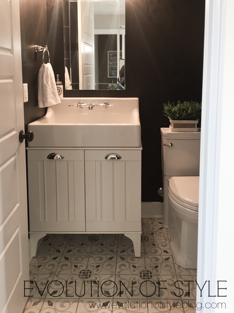 Modern Farmhouse Tour - Bathroom